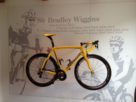 dogma-lounge-wiggins-bike
