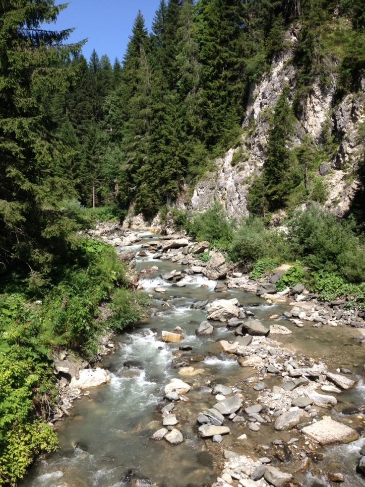 pretty-stream